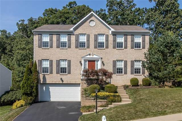 5003 Spruce Dr, Moon/Crescent Twp, PA 15108 (MLS #1469241) :: The SAYHAY Team