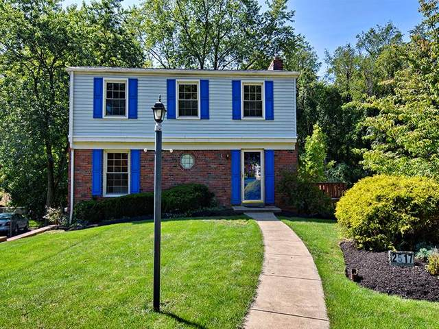 2517 Autumnwood Dr, Shaler, PA 15116 (MLS #1469627) :: The SAYHAY Team