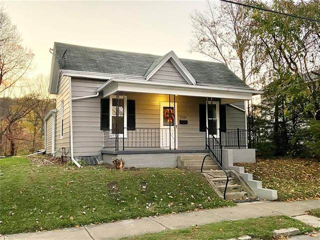 2709 5th Ave, Beaver Falls, PA 15010 (MLS #1475796) :: RE/MAX Real Estate Solutions
