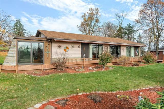 1014 Thorn Run Road, Moon/Crescent Twp, PA 15108 (MLS #1477097) :: RE/MAX Real Estate Solutions