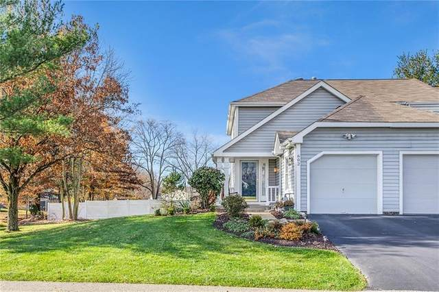 602 Sarah Ct, Cranberry Twp, PA 16066 (MLS #1478098) :: Hanlon-Malush Team