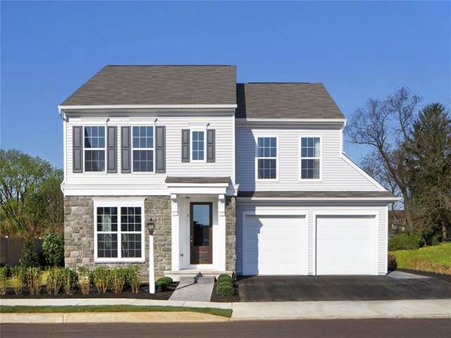 2014 Hastings Crescent, South Fayette, PA 15017 (MLS #1478172) :: Dave Tumpa Team