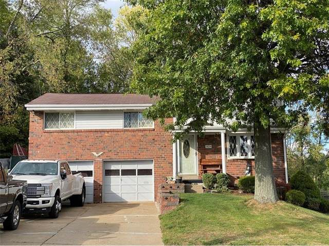 5624 Tracy Drive, Bethel Park, PA 15236 (MLS #1478800) :: The SAYHAY Team