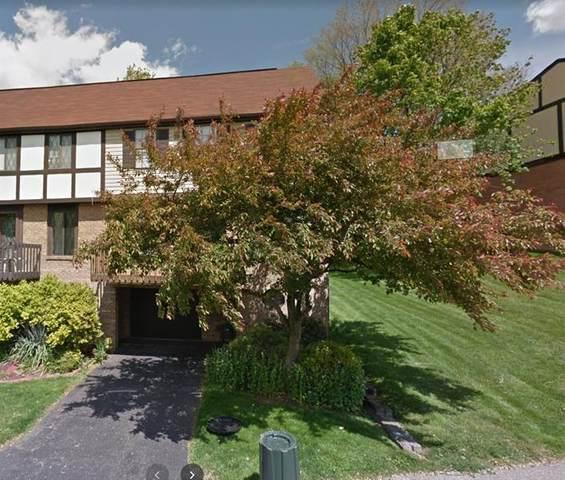 2752 Bingham Dr, Upper St. Clair, PA 15241 (MLS #1478849) :: The Dallas-Fincham Team
