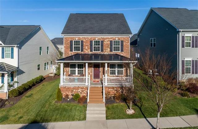 215 Boardwalk Dr, Cranberry Twp, PA 16066 (MLS #1478858) :: The SAYHAY Team