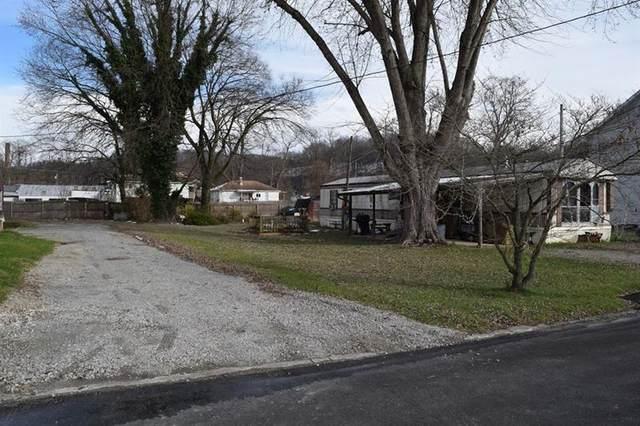524 Walnut St, Stockdale, PA 15483 (MLS #1479110) :: Dave Tumpa Team