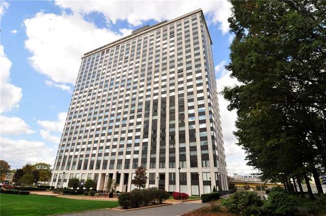 320 Fort Duquesne Blvd 19M, Downtown Pgh, PA 15222 (MLS #1482618) :: Broadview Realty