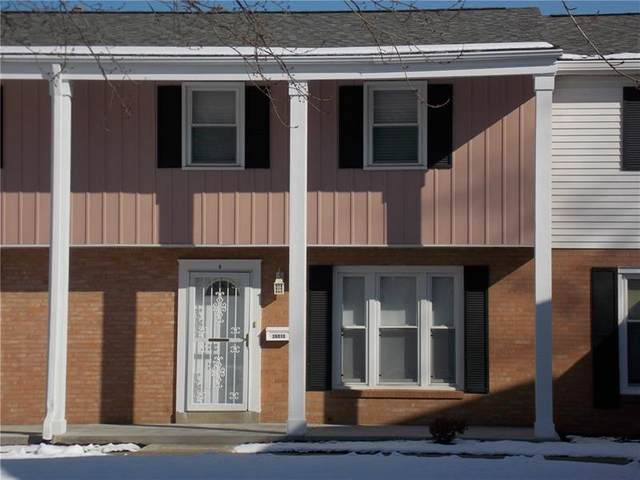 2601 19th Street D, Patterson Twp, PA 15010 (MLS #1482900) :: The SAYHAY Team