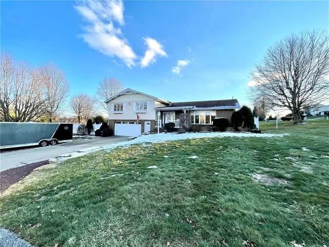350 Robinson Dr, Rostraver, PA 15012 (MLS #1483006) :: The SAYHAY Team