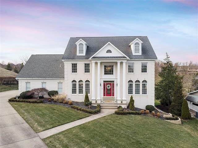 5131 Carnoustie Dr, Collier Twp, PA 15142 (MLS #1488979) :: The SAYHAY Team