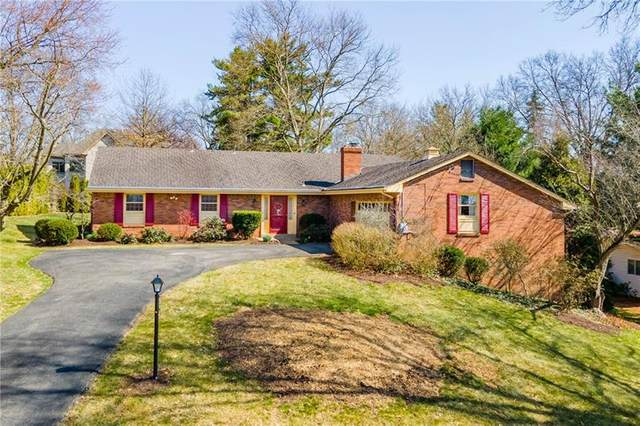 2039 Outlook Dr, Upper St. Clair, PA 15241 (MLS #1490560) :: Dave Tumpa Team