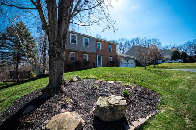 119 Woodbine Dr, Cranberry Twp, PA 16066 (MLS #1491771) :: The SAYHAY Team