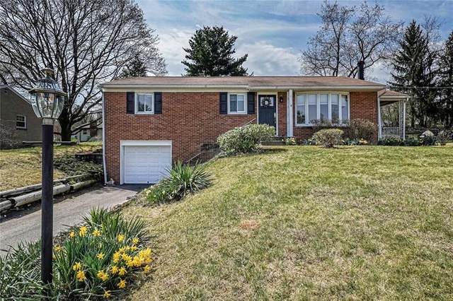 308 Mcintosh Dr, Moon/Crescent Twp, PA 15108 (MLS #1492847) :: Broadview Realty