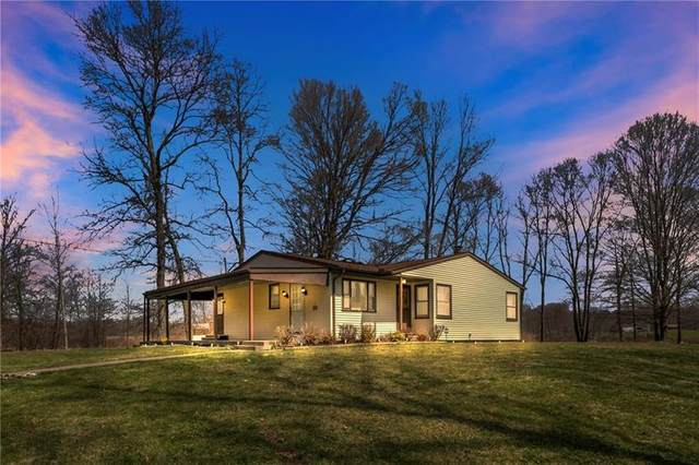 2515 Scrubgrass Rd, Wolf Creek Twp, PA 16127 (MLS #1493314) :: Broadview Realty
