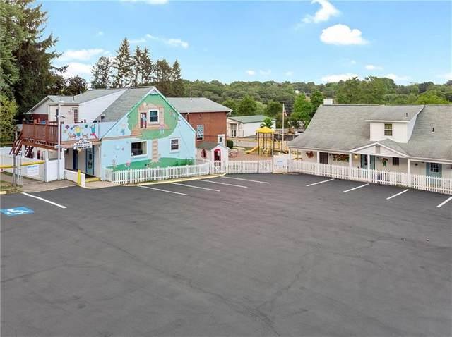194 Crowe Ave, Mars Boro, PA 16046 (MLS #1494768) :: The SAYHAY Team