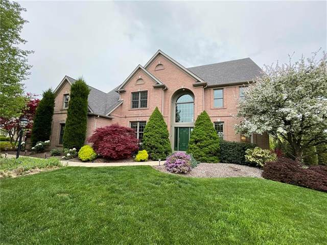 2511 Minton Dr, Moon/Crescent Twp, PA 15108 (MLS #1496826) :: Dave Tumpa Team
