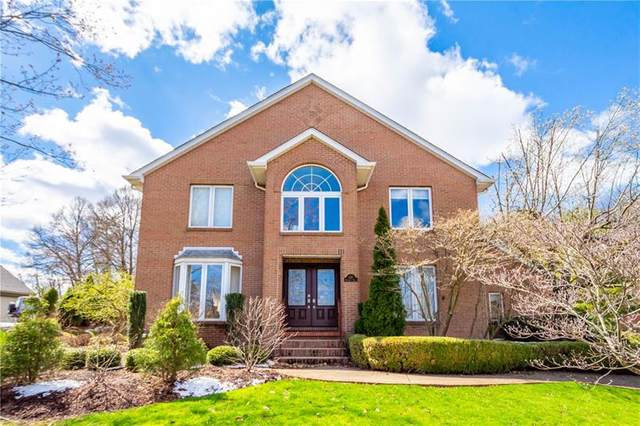 128 Radcliff Dr., Center Twp - Bea, PA 15001 (MLS #1498639) :: The SAYHAY Team