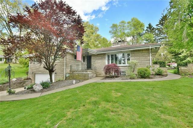 2021 Outlook Dr, Upper St. Clair, PA 15241 (MLS #1499971) :: Broadview Realty