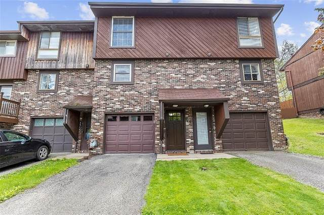 502 Bayberry Ln, North Fayette, PA 15126 (MLS #1500016) :: The SAYHAY Team