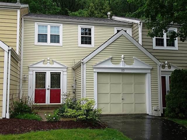 113 Commons Dr, Oakmont, PA 15139 (MLS #1502245) :: The SAYHAY Team