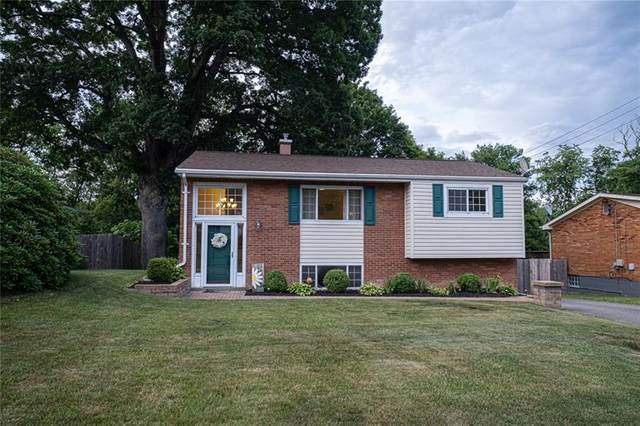 265 Burch Dr, Moon/Crescent Twp, PA 15108 (MLS #1504078) :: The SAYHAY Team