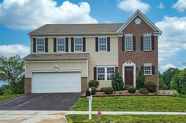 713 Culloden Court, Moon/Crescent Twp, PA 15108 (MLS #1504205) :: The SAYHAY Team
