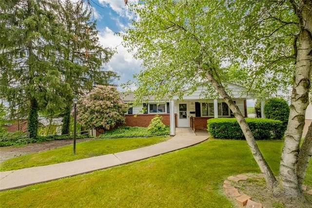 3161 Vermont Drive, Lower Burrell, PA 15068 (MLS #1505817) :: The SAYHAY Team