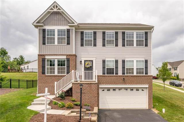 216 Foxwood Rd, Moon/Crescent Twp, PA 15108 (MLS #1506712) :: The SAYHAY Team