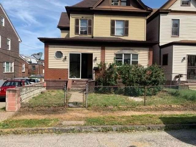 525 E 9th Avenue, Munhall, PA 15120 (MLS #1509857) :: Broadview Realty