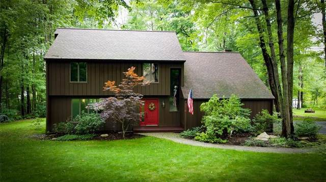 154 Winterwood Dr, Connoquenessing Twp, PA 16001 (MLS #1510397) :: The SAYHAY Team
