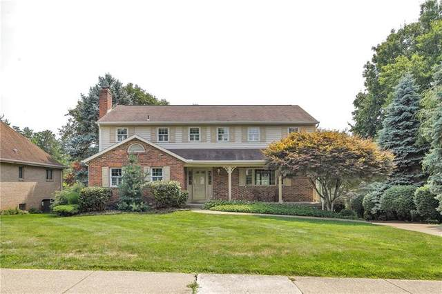 104 Crabtree Dr, Moon/Crescent Twp, PA 15108 (MLS #1511872) :: The SAYHAY Team