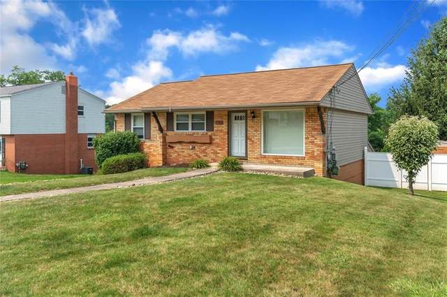 113 Lycoming Dr, Moon/Crescent Twp, PA 15108 (MLS #1512472) :: The SAYHAY Team
