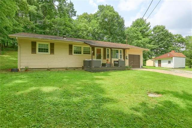 576 Centreville Pike, Slippery Rock Twp - But, PA 16057 (MLS #1513180) :: The SAYHAY Team