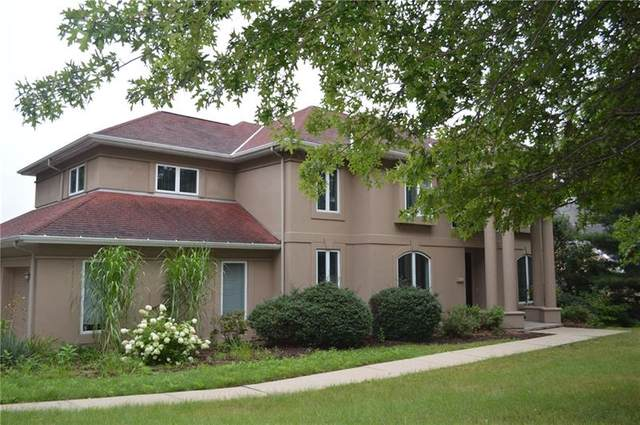 1030 Meridian Dr, Collier Twp, PA 15142 (MLS #1518169) :: Dave Tumpa Team