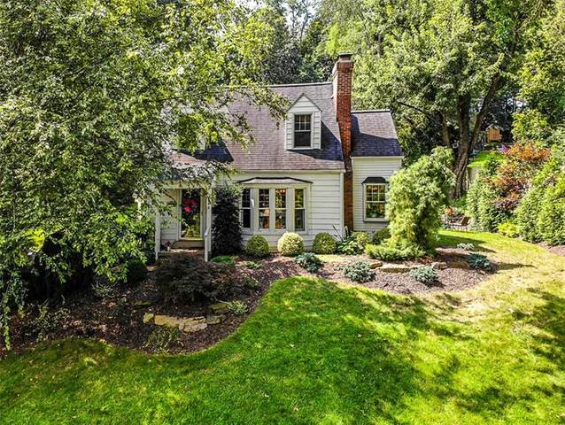 348 Sunset Dr, Bethel Park, PA 15102 (MLS #1520817) :: Broadview Realty