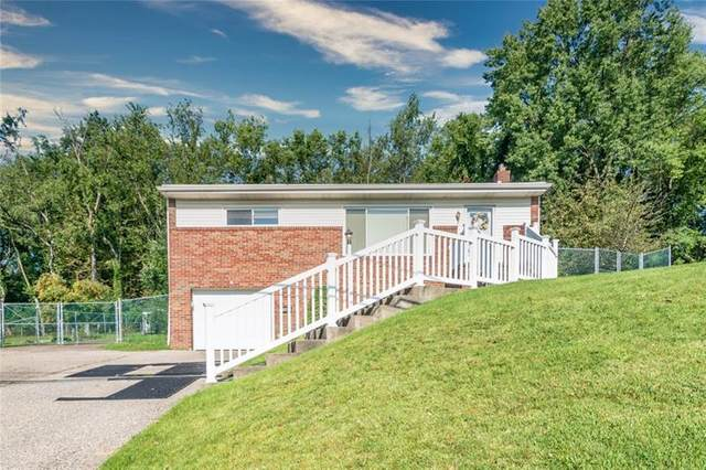 25 Seneca Rd, Bethel Park, PA 15241 (MLS #1522189) :: Dave Tumpa Team