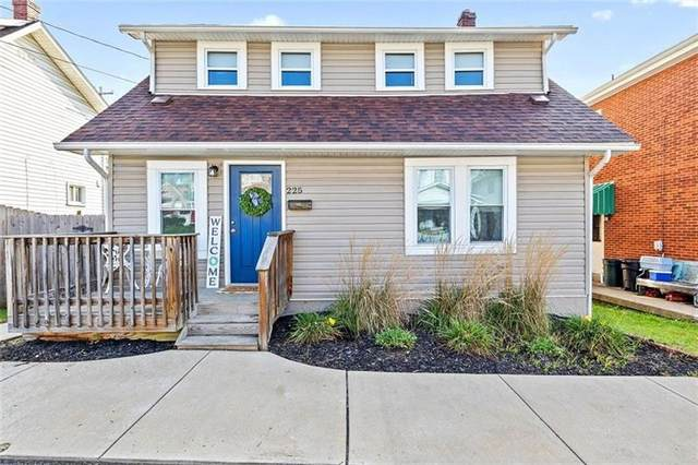 225 Culbertson Ave, City Of Greensburg, PA 15601 (MLS #1522491) :: The SAYHAY Team