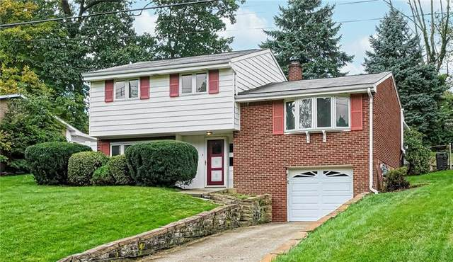 483 Amherst Ave, Moon/Crescent Twp, PA 15108 (MLS #1523099) :: Dave Tumpa Team