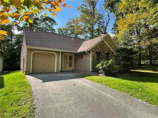 1754 Greenfield Drive, Hidden Valley, PA 15502 (MLS #1525142) :: Dave Tumpa Team