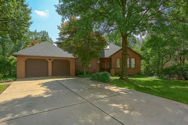 104 Chaucer Court, Moon/Crescent Twp, PA 15108 (MLS #1525748) :: Dave Tumpa Team