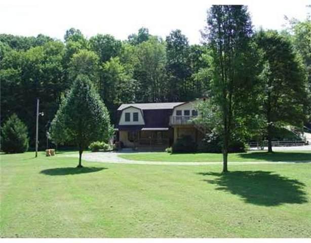 345 Duck Hollow Road, Menallen Twp, PA 15401 (MLS #1526674) :: Broadview Realty
