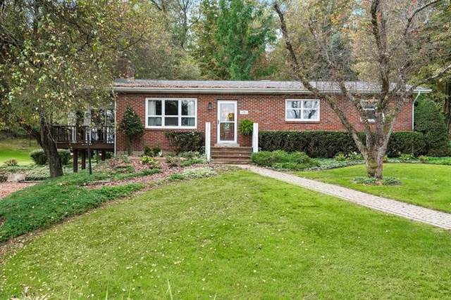 151 State Rd, Middlesex Twp, PA 16059 (MLS #1526741) :: The SAYHAY Team