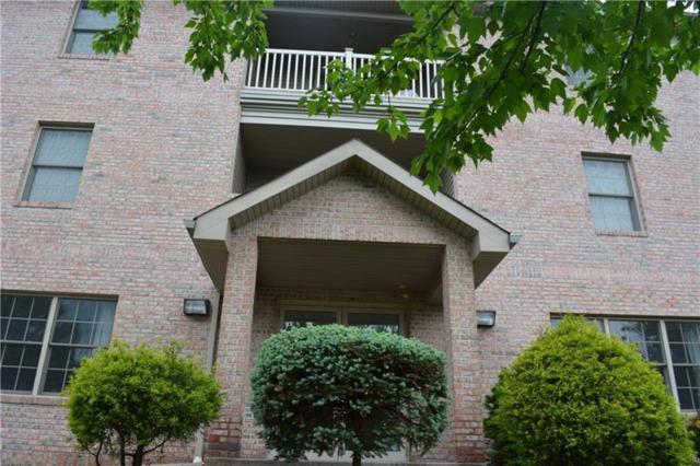 1 Coraopolis Rd #305, Kennedy Twp, PA 15108 (MLS #1332696) :: Keller Williams Pittsburgh