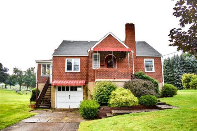 680 Wyandotte Street, Irwin, PA 15642 (MLS #1354107) :: Keller Williams Realty