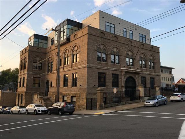 5267 Holmes St #401, Lawrenceville, PA 15201 (MLS #1363410) :: Keller Williams Pittsburgh