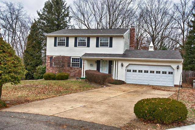 415 Leatherbark Rd, Cranberry Twp, PA 16066 (MLS #1380556) :: Keller Williams Realty