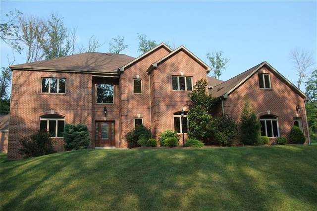 136 Golden Eagle Drive, Peters Twp, PA 15367 (MLS #1395607) :: Broadview Realty