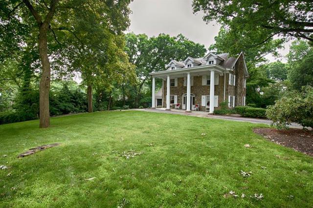 6 Windsor Road, Fox Chapel, PA 15215 (MLS #1397509) :: Broadview Realty