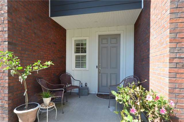 922 Elmhurst Way, Sewickley, PA 15143 (MLS #1419362) :: RE/MAX Real Estate Solutions