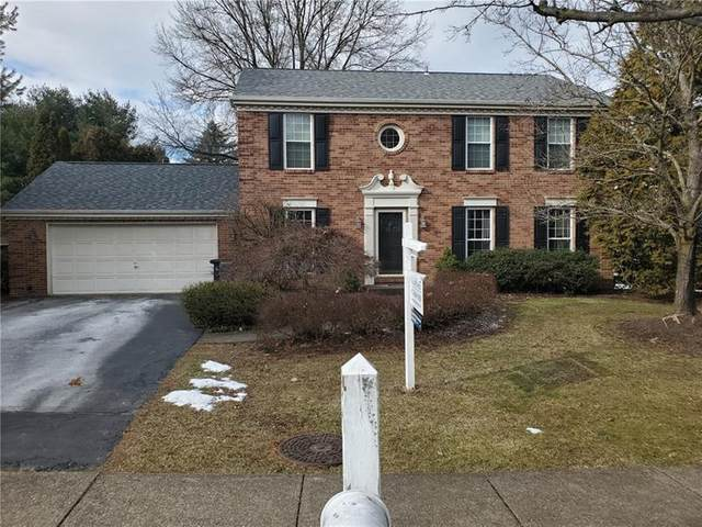 203 Thornwood Ct, Moon/Crescent Twp, PA 15108 (MLS #1483070) :: Dave Tumpa Team